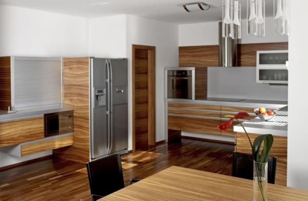 Z dílny soukromého truhláře se nakonec zrodila netradičně pojatá kuchyň zhotovená ze zebrana, s maximálním důrazem ¬na odlehčený vzhled