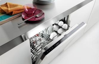 Plně integrovaná myčka nádobí ADG 9553