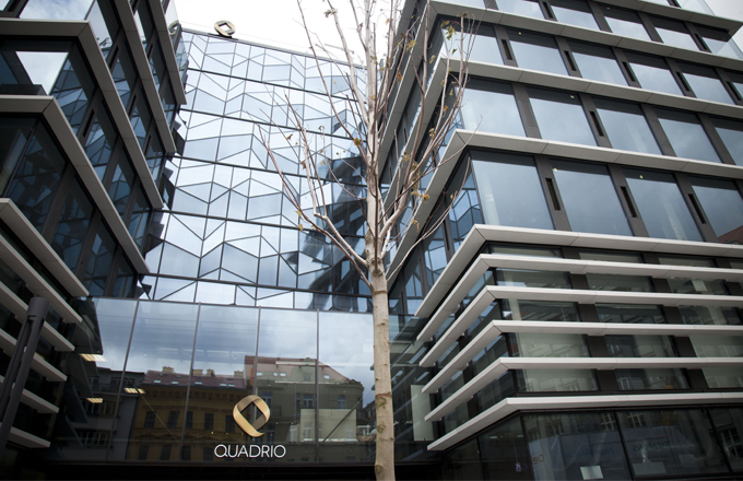 Komplex Quadrio jako čtyřlístek v centru Prahy