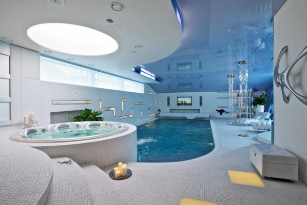 Spa Orion s kruhovým půdorysem a ergonomicky tvarovaným interiérem pro 6 osob