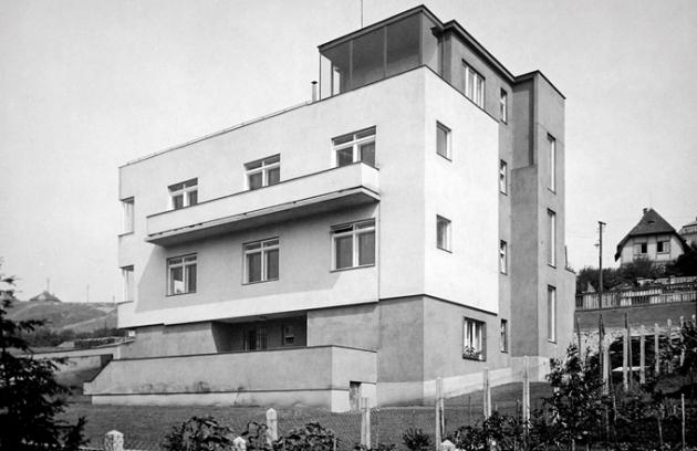 Slavná vila Josefa Fuchse v pražské Libni