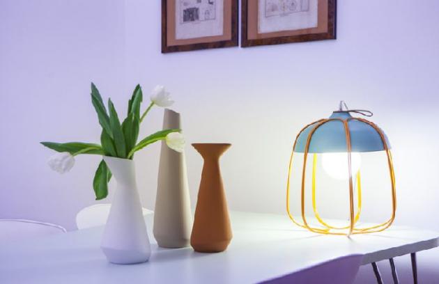 Zamřížovaná lampa, co vydrží i velký třesk