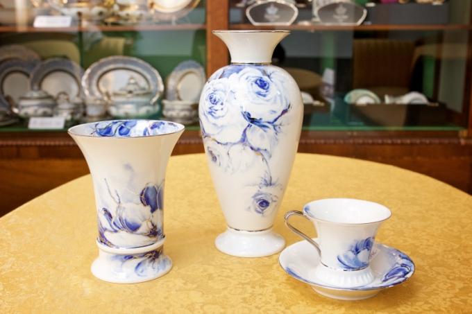 Porcelánka Rudolf Kämpf v Loučkách