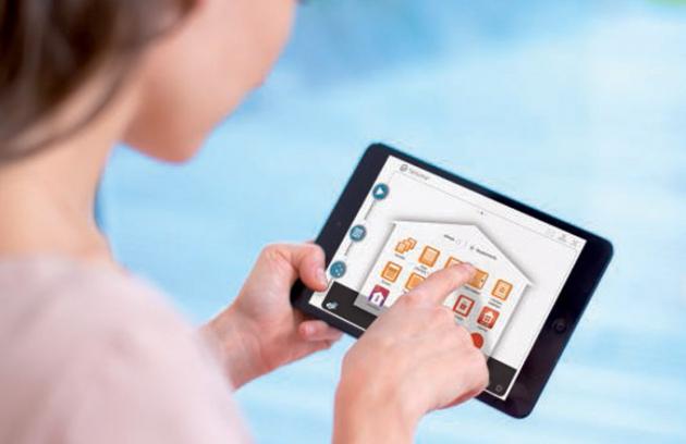 TaHoma® rozhraní: Z úvodní obrazovky řídíte a dohlížet na svůj propojený domov, pomocí 3 menu jednoduše ovládáte všechny funkce.
