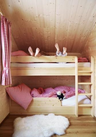 V dětských ložnicích jsou bezpečné a bytelné palandy