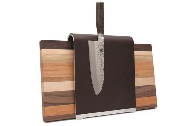 Saddle blok na nože a prkénko v jednom