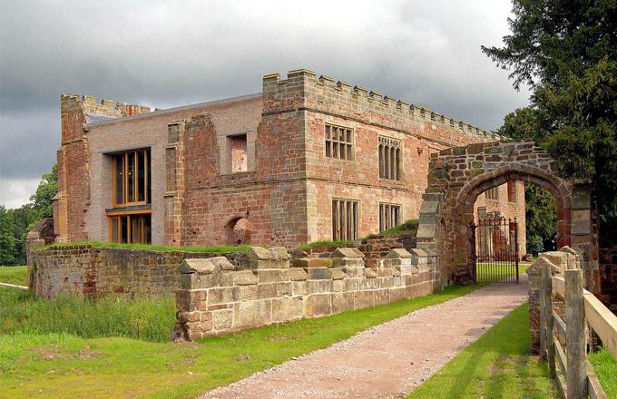 Sídlo Astley Castle v hrabství Warwickshire