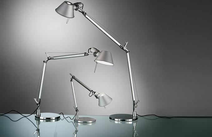 Pružinová ramenatka: legendární lampa Tolomeo
