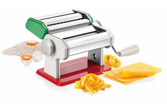 Nový pomocník od Tescomy: strojek na těstoviny