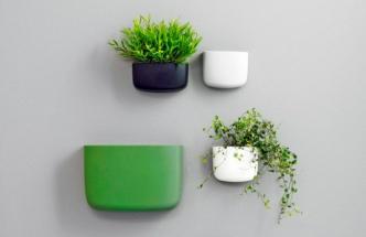 Vizuálně atraktivní organizéry Pocket v několika velikostech a barvách můžete libovolně kombinovat, design Simon Legald, vyrábí Normann Copenhagen, cena od 375 Kč/ks, www.designville.cz
