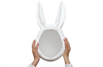 Ručně vyrobené nástěnné zrcadlo Hasen, 45 x 26 cm, vyrábí Maisonnée, cena 7 450 Kč, de.smallable.com