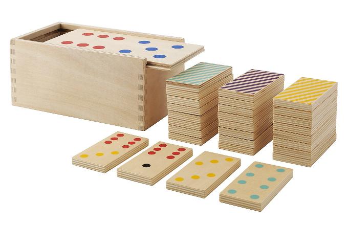 Domino z kolekce Lattjo z březové překližky, 28 kusů, 10 x 18 cm, výška 8,5 cm, cena 299 Kč, www.ikea.cz