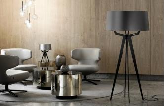 Stojací lampa No. 35, multiplex a textil, velikost L výška 140 cm, velikost XL výška 155 cm, vyrábí Balada & Co., cena na dotaz, www.balada.de