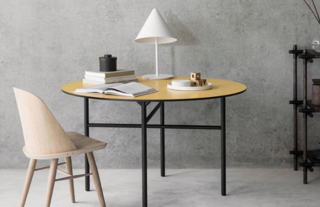 Jídelní židle ve skandinávském designu