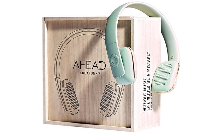 Bezdrátová sluchátka aHEAD, až 14 hodin přehrávání, Bluetooth, echo redukce, Kreafunk, cena 2 943 Kč, www.d1one.cz