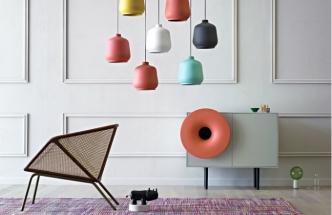 Závěsné svítidlo Kiki vyrobené z keramiky, O 25 cm, výška 27 cm, design Paolo Cappello, Miniforms, cena od 6 534 Kč, www.cskarlin.cz