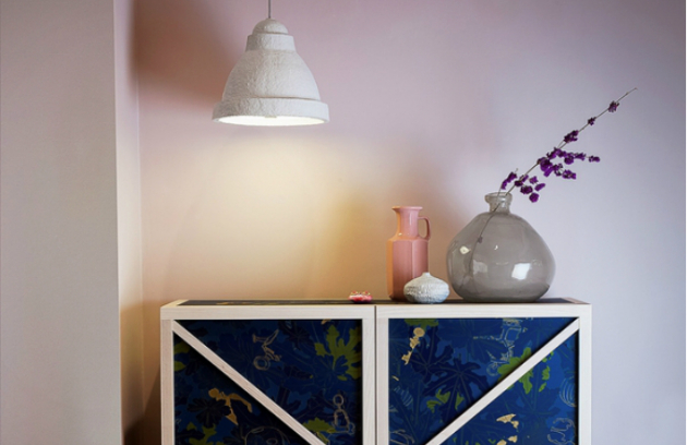 Závěsné svítidlo Salago je ručně vyráběno z papíru a akrylu, O 34, 49 nebo 75 cm, design Danny Fang, Moooi, cena od 19 865 Kč, www.bulb.cz