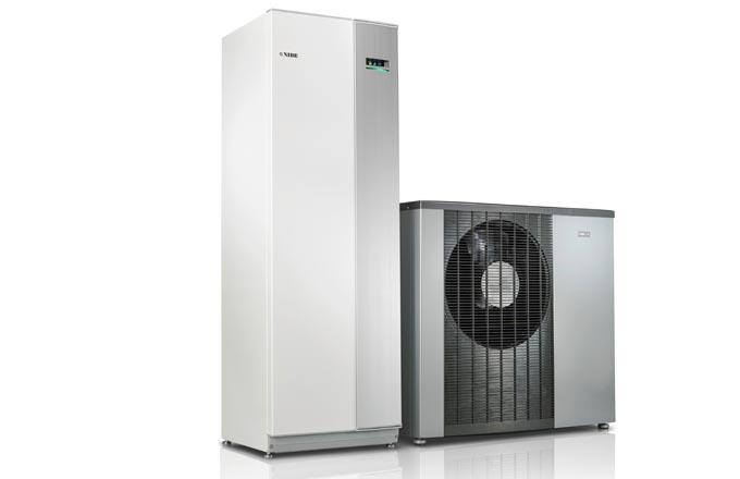 Tepelné čerpadlo systému vzduch-voda NIBE F2120 s vnitřní systémovou jednotkou VVM 320