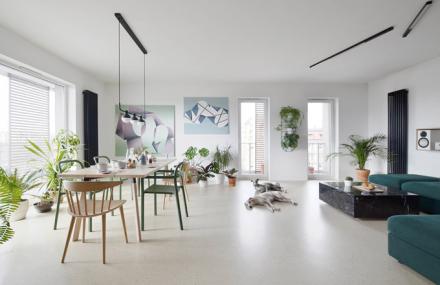 Minimalistický byt v polských Katovicích