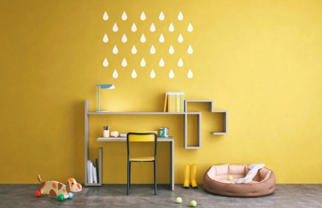 Pracovní stůl s policovým systémem LagoLinea Desk, v nabídce ve 32 barevných provedeních, design Daniele Lago, Lago, cena 42 223 Kč, www.lago.cz