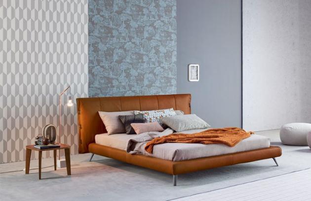 Postel Cuff, výběr čalounění kůží, 180 x 200 cm, design Mauro Lipparini, Bonaldo, cena od 104 363 Kč, www.cskarlin.cz