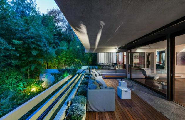 Carlo Berarducci Architecture, Apartment Above Suspicion, Rome, Italy