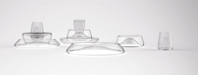 Kolekce stohovatelných mís Flowe, křišťálové sklo doplněné žlábkovým brusem v matném provedení, O 40, 26 a 12 cm, design Jiří Krejčiřík, Napadlome, cena na dotaz