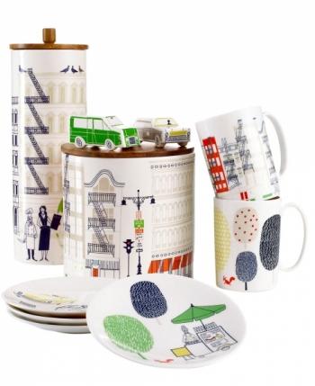 Nádobí New York z kolekce Hopscotch Drive & About Town Collection, porcelán, Kate Spade, cena od 477 Kč/ks, www.macys.com