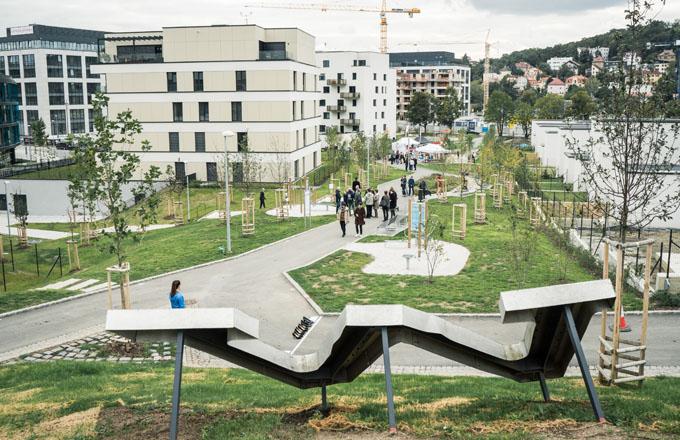 Park Waltrovka a nové náměstí otevřeno