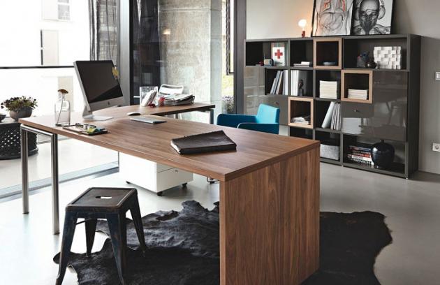 Variabilní řada kancelářského nábytku now! Time by Hülsta, dřevo, MDF a další materiály, Hülsta, ceny: knihovna 59 360 Kč, pracoviště 23 996 Kč, www.homestyle.cz