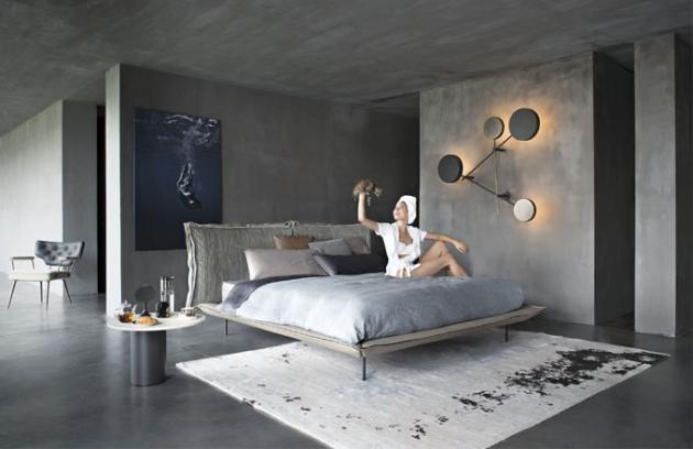 Postel Auto-Revers Dream s odnímatelnými polštáři, které lze otáčet, kov, textilie i kůže, víc barev, Arketipo, cena od 133 800 Kč, www.cskarlin.cz