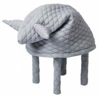 Stoličky Fin, Daisy a Ella s prošívaným zvířátkovým potahem a polyesterovou výplní, O 48 cm, výška 60 cm, Petite Friture, cena od 9 720 Kč, www.petitefriture.com