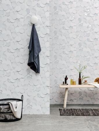 Kolekce Front sestává z devíti tapet vytvářejících iluzi hloubky a struktury, Engblad & Co, cena 1 990 Kč, www.designville.cz