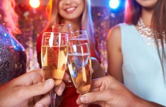 10 novoročních zvyků z celého světa