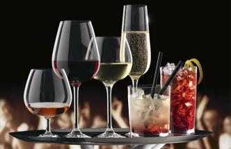 Jaké sklenice se hodí na víno, sekt a drink?