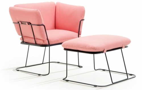 Křeslo Merano s podnožkou, kovová základna, textilie, design Raffaella Mangiarotti, B-Line, cena na dotaz, www.b-line.it