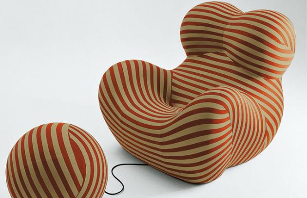 Křeslo z kolekce Up 2000, 120 x 130 x 103 cm, výška sedu 42 cm, puf Up 6 O 57 cm, design Gaetano Pesce, B B Italia, cena 118 389 Kč, www.konsepti.com