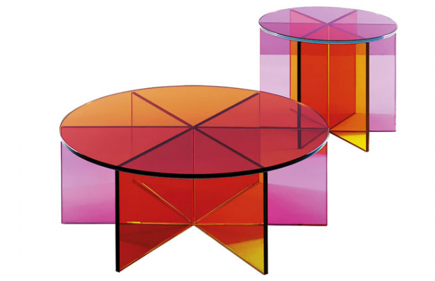 Stolek XXX, sklo, design Johanna Grawunder, Glas Italia, cena od 45 760 Kč, www.glasitalia.com