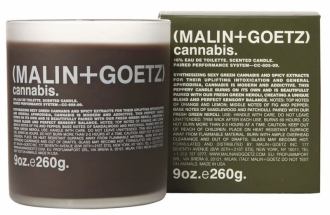Cannabis, matné sklo, vůně citrusových plodů v kombinaci s fíkem, pepřem a pačuli, Malin + Goetz, cena 1 740 Kč, www.malinandgoetz.com