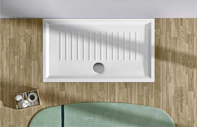 Keramická sprchová vanička Verso, speciální protiskluzová úprava, 140 x 80 cm, Catalano, cena 16 698 Kč, www.designbath.cz