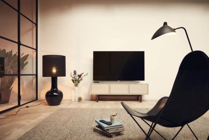 Televizor OLED 973 4K Ultra HD s třístrannou funkcí Ambilight, Android TV, čtyřjádrový procesor, 16GB rozšiřitelný, úhlopříčka 165 cm, Philips, cena na dotaz, www.philips.cz