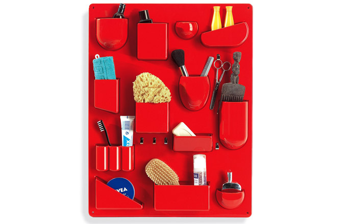 Organizér Vitra Uten Silo II navržený designérkou Dorothy Becker, ABS plast, 3 barevné možnosti, výška 68 cm, šířka 52 cm, cena 8 073 Kč, www.designville.cz