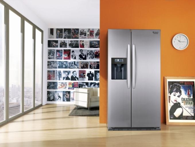 Americká chladnička SXBD 922 F WD, výrobník ledu, No Frost, Super Freeze, Super Cool, Hotpoint, cena 29 990 Kč, www.whirlpool.cz