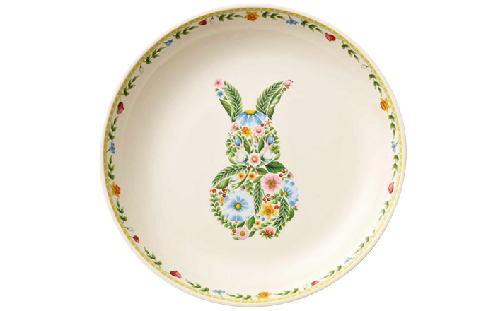Dezertní talíř z kolekce Spring Awakening, porcelán, O 22 cm, Villeroy Boch, cena 500 Kč, www.luxurytable.cz