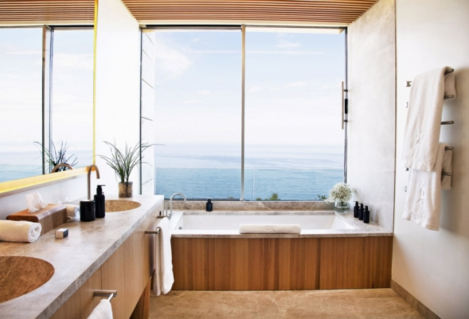 Okouzlující výhled na moře si užijete dokonce i přímo z vany