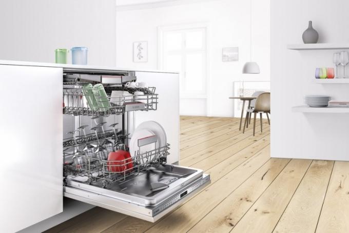 Plně integrovaná myčka nádobí Bosch Serie 6, model SPV69T80EU, funkce HygienaPlus, technologie Zeolith®, systém košů VarioFlex Pro, cena 22 990 Kč, Bosch, www.bosch-home.com/cz