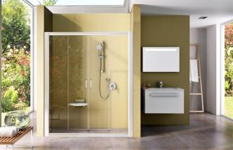 Sprchové dveře Blix BLDP4 jsou výjimečné tím, že přepaží i niku až 2 m širokou. Jsou to nejširší sprchové dveře na trhu se spolehlivým pojezdem, cena podle provedení od 18 590 Kč