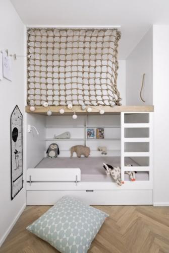 Také dětský pokoj je vybaven s ohledem na plánované rozrůstání rodiny
