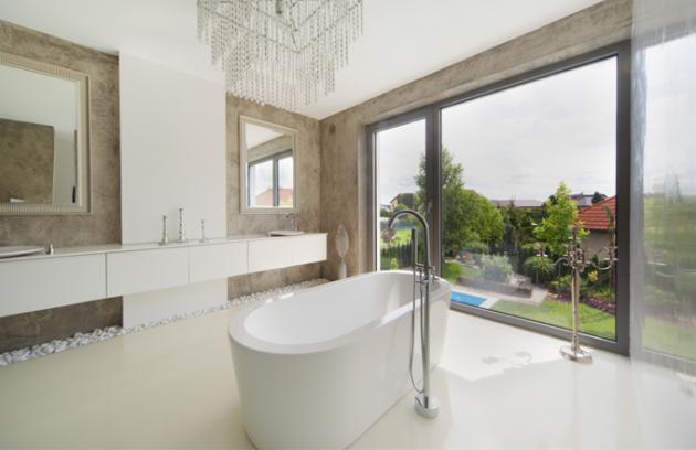 Moderní betonové stěrky v koupelnách? Ano, ale rozhodně vsaďte na kvalitu a reference!