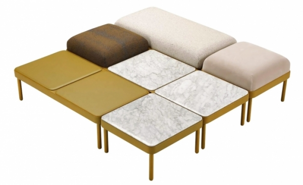 Šestihranná sestava zahrnuje taburetky, lavice, lenošky a stolky, možnost výběru barev a provedení, rozměr nejmenšího stolku 50 x 50 x 28 cm, cena 11 950 Kč/ks, WWW.ONESPACE.CZ